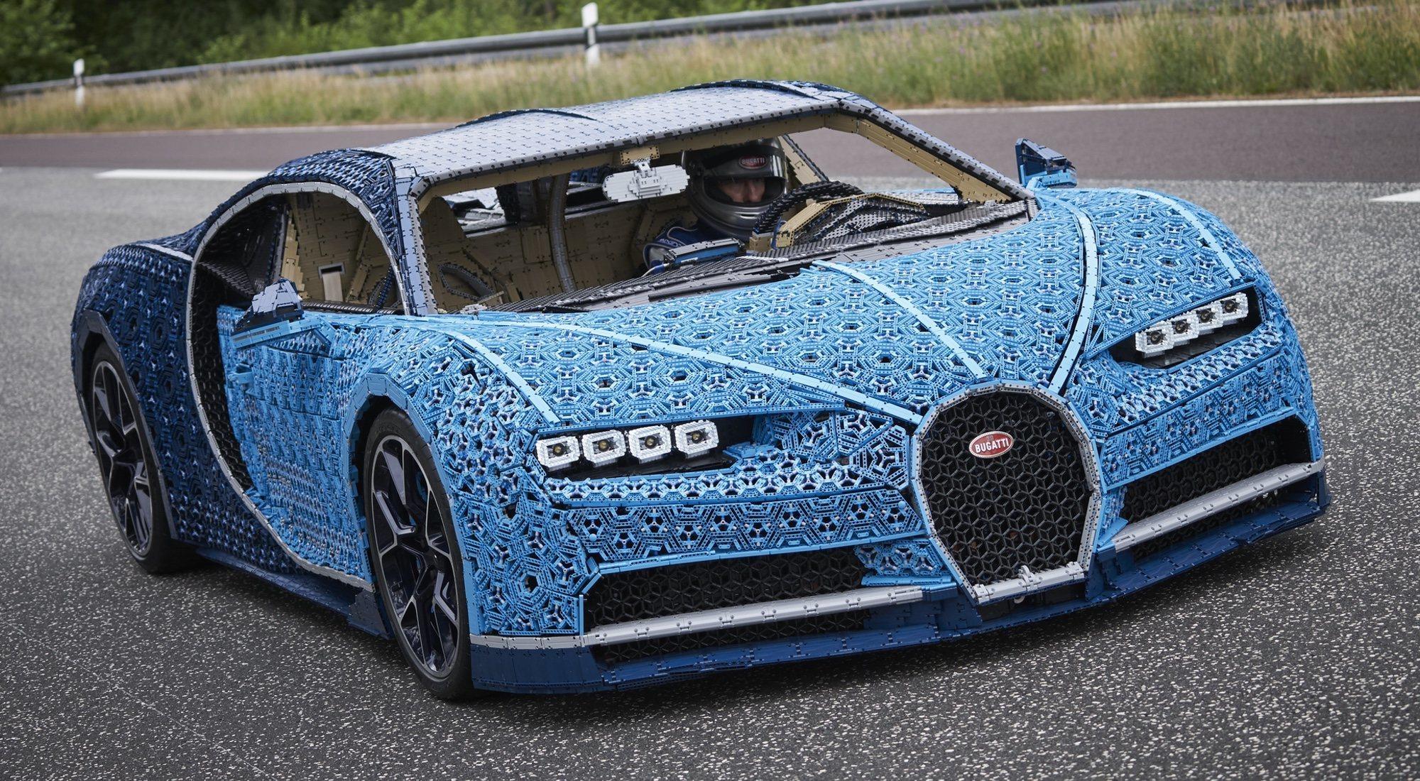 El Bugatti de LEGO fabricado con un millón de piezas