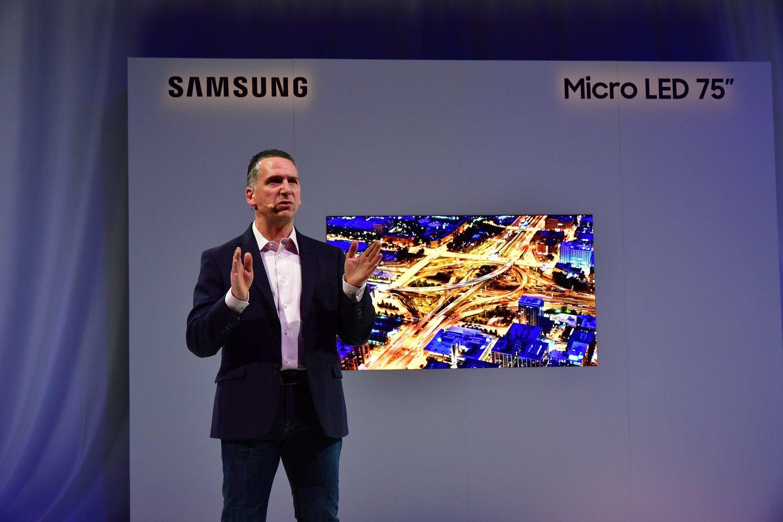 La tecnología MicroLED permite fabricar televisores más delgados que los que integran paneles OLED.