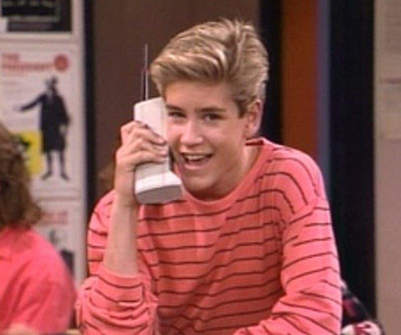 El personaje principal de 'Salvados por la campana', Zack Morris, giraba entorno a las llamadas que recibía en su Motorola DynaTAC