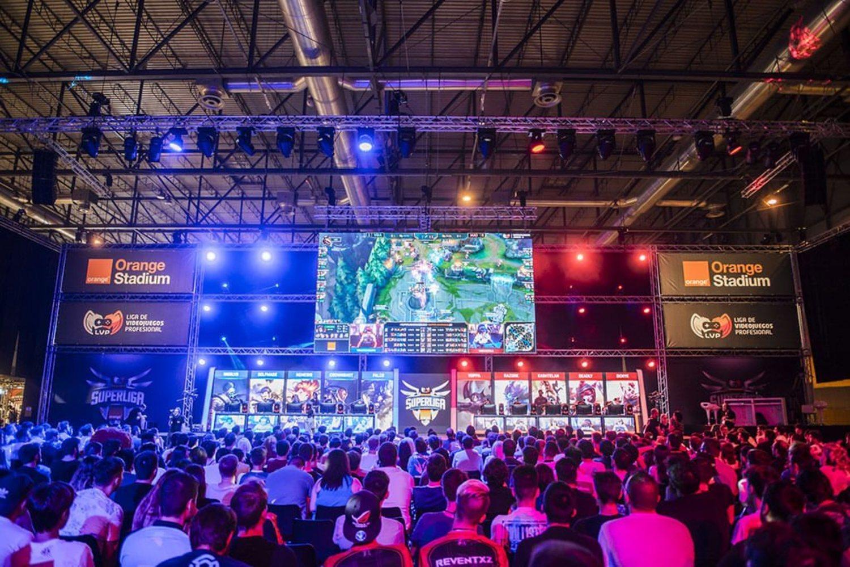 La Superliga Orange de League of Legends reúne a los mejores equipos de eSports