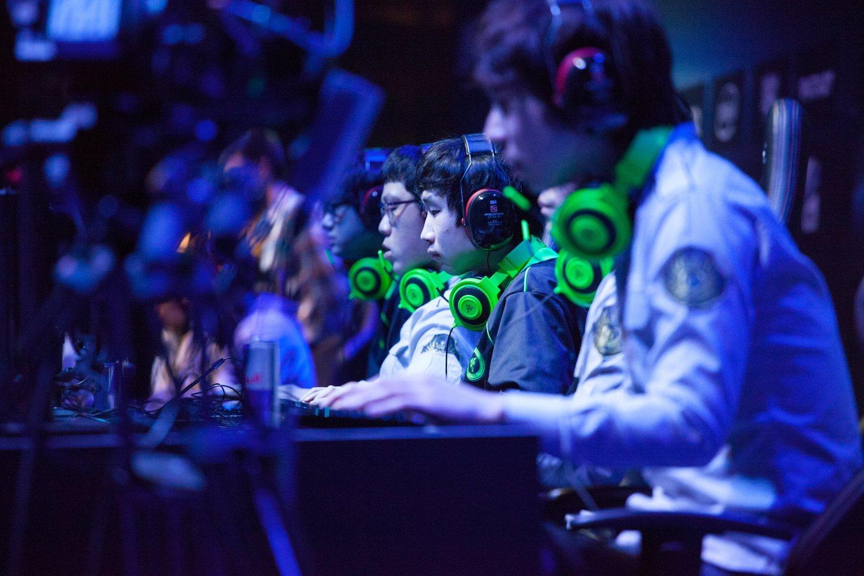 El anterior campeón fue Invictus Gaming (equipo chino).
