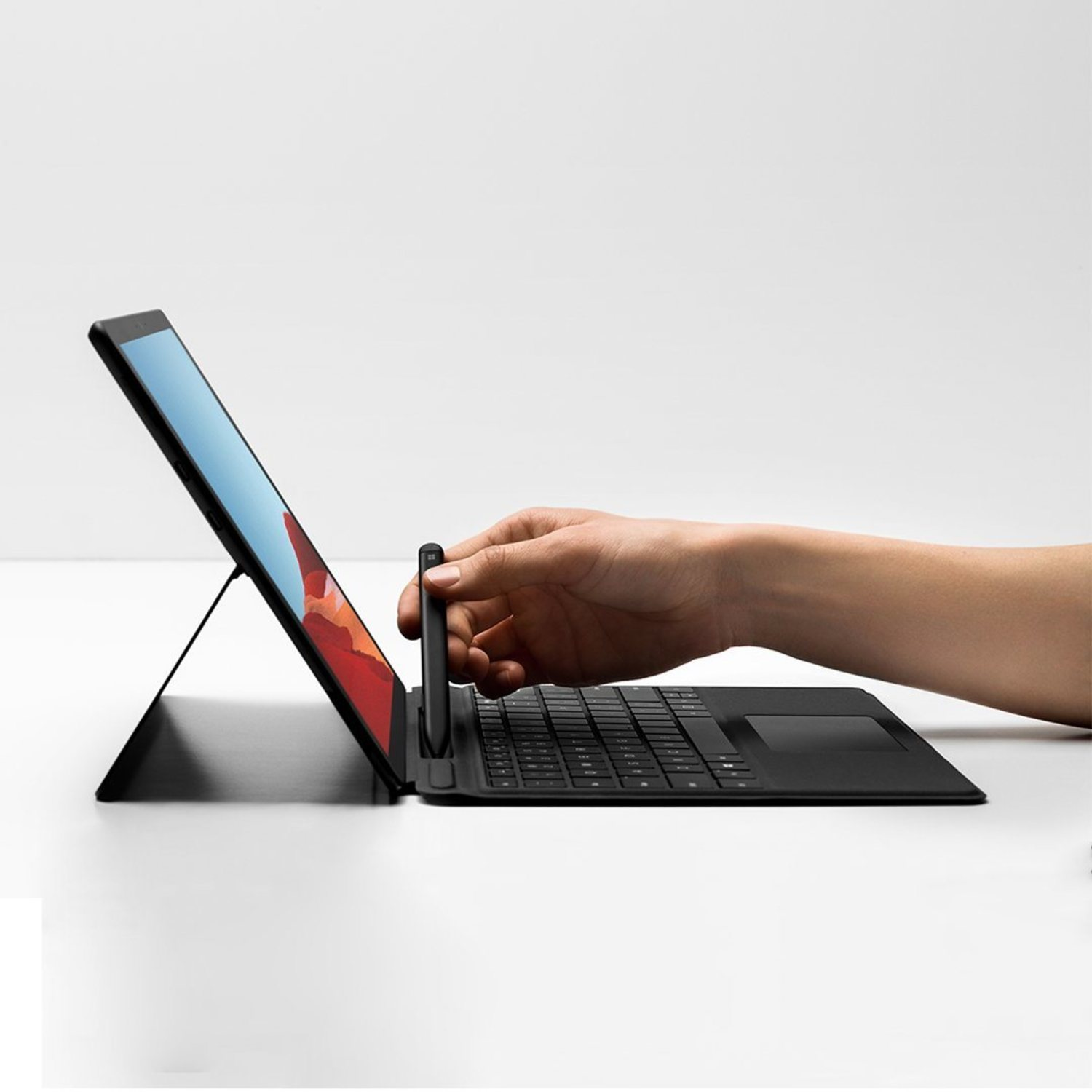 Surface Pro X y un mejorado Slim Pen.