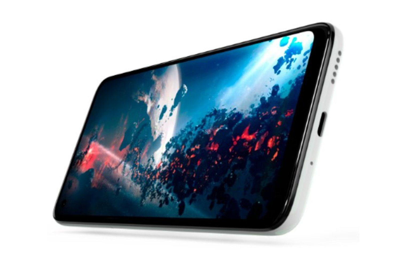 La pantalla del Moto G8 se renueva para apostar por el agujero en pantalla en vez del notch.