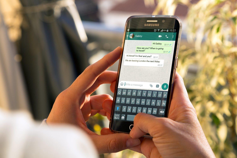 Si a una aplicación que tiene todo el mundo como WhatsApp le añadimos la función de videollamada, tenemos una opción muy recomendable y utilizada.