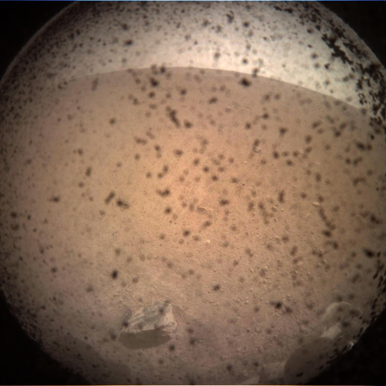 Imagen de Marte captada por InSight
